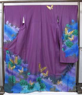 紫の総ラメ生地振袖